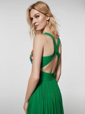 ¿Buscas un vestido de fiesta  Este vestido largo de color verde es un  vestido d668c7d774c0