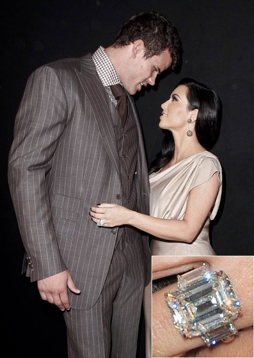 Kim Kardashian S Engagement Ring From Kris Humphries Is A Not So Subtle 20 Carats
