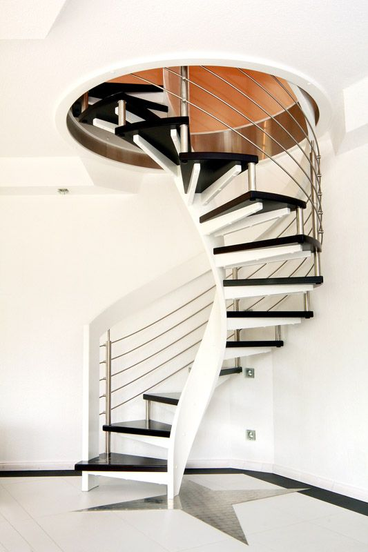Best Turn Your Old Staircase Into A Decorative Piece 400 x 300