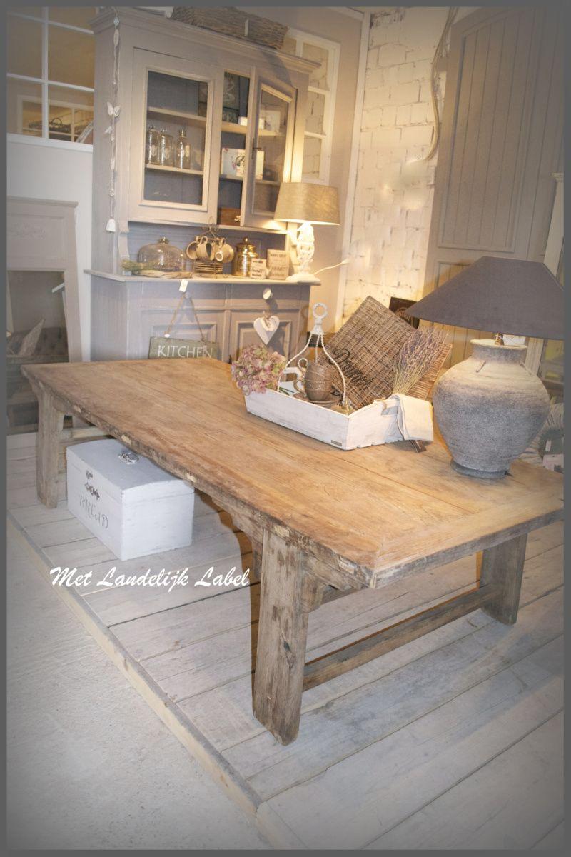 Mooie stoere oude salontafel past geweldig in een sober for Interieur 83