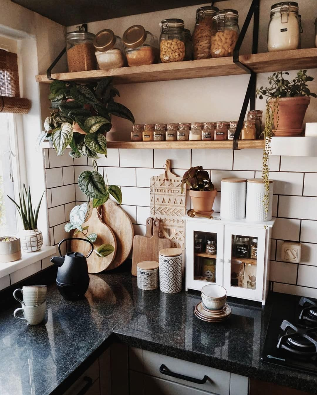 apartment therapy sur instagram peut on passer tout le week end dans cette cuisine s il vous on boho chic interior design kitchen id=22539