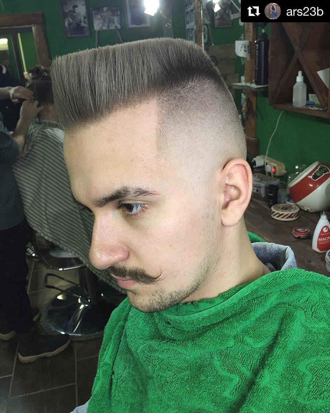 237 me gusta, 2 comentarios - flattop haircut