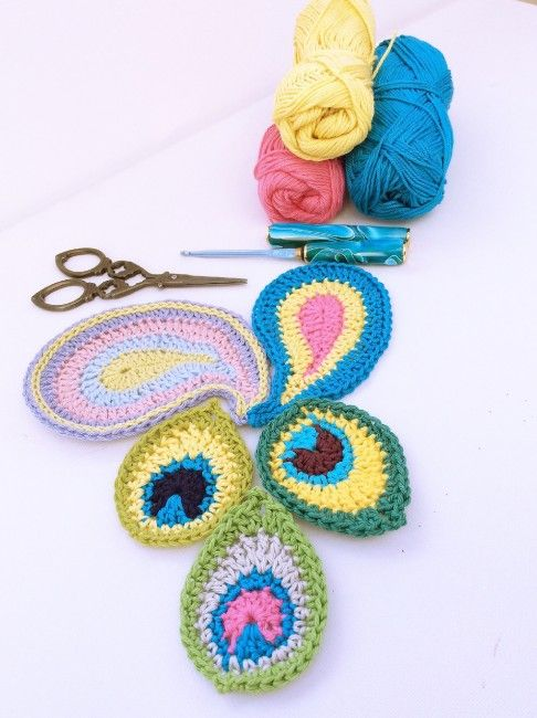 Free patterns for peacock and paisley crochet motifs from lovely ...