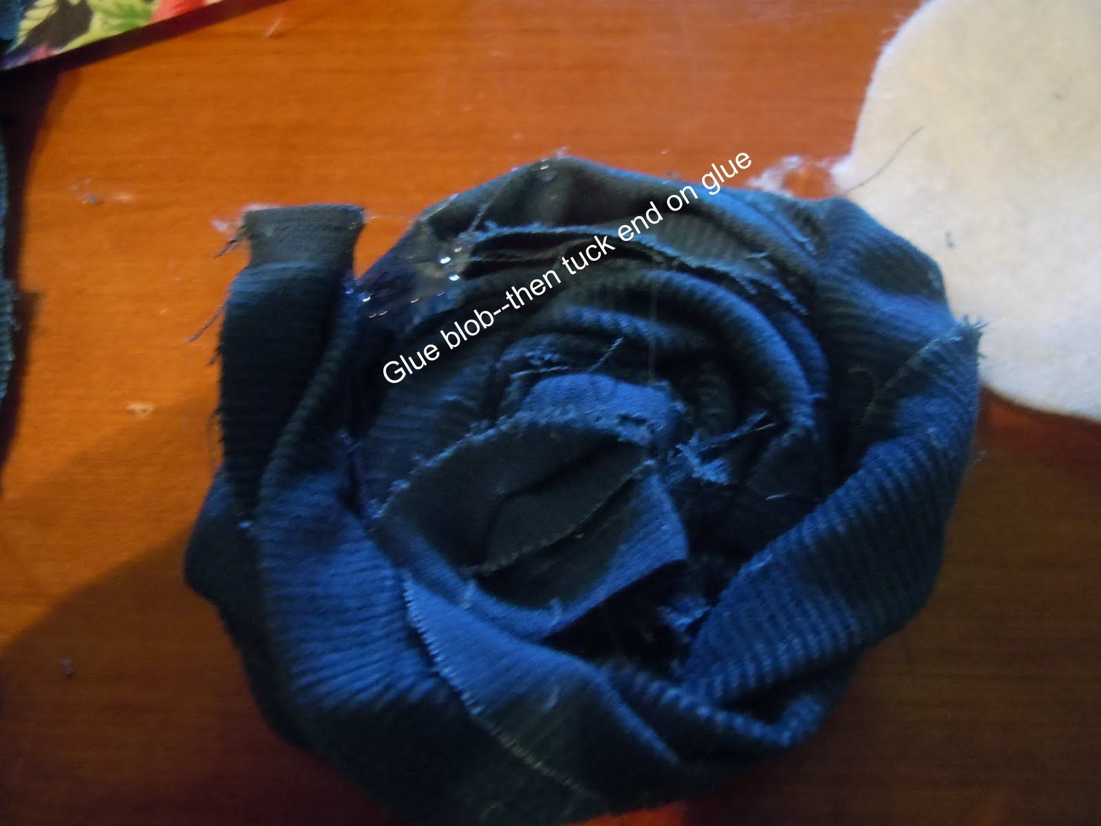 Wreath & Fabric Flower tutorial