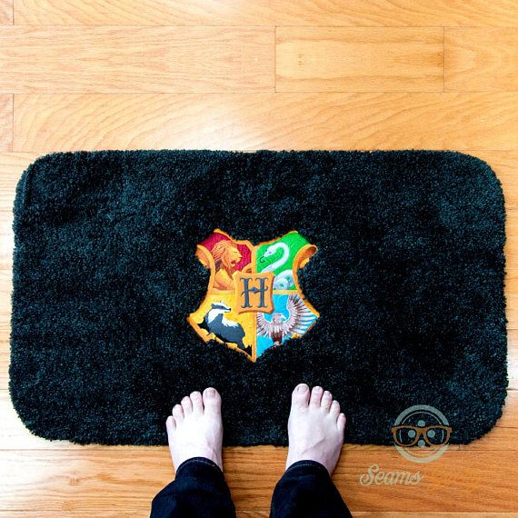 Harry Potter Bath Mat or Rug Hogwarts Crest Logo Geeky ...
