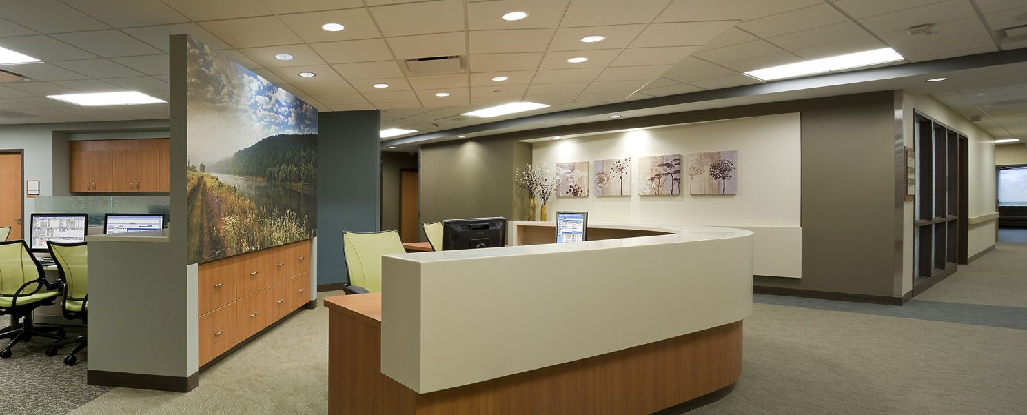 Nurse Station Desk And Workstation Design Carpet By Interface Designed By Jensen And Halstead Workstations Design Workstation Design
