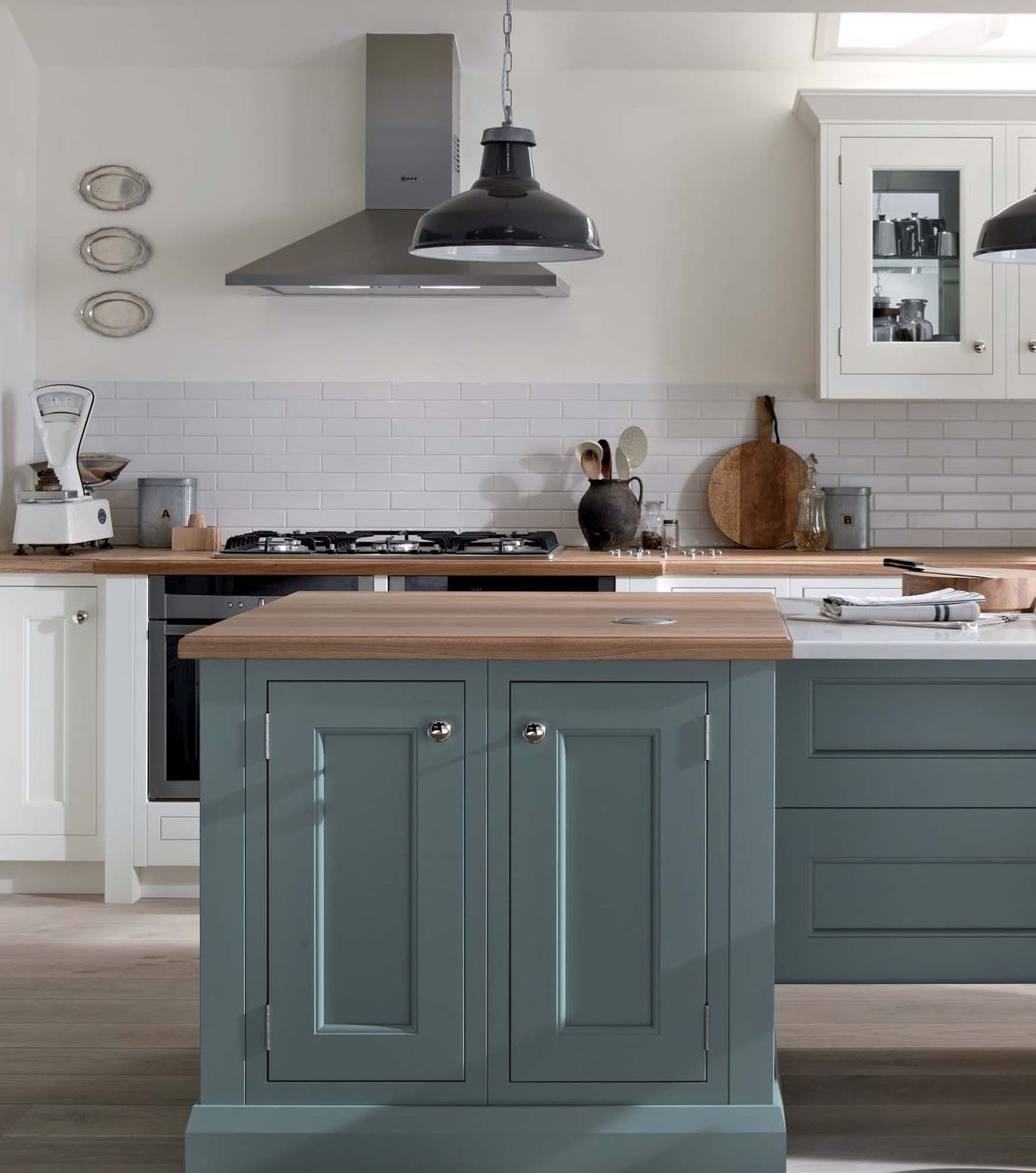 1909 Kitchen In Morris Blue Available From Aristocraft Traditional Kitchen Inspiration Kitchen Design Kitchen Inspirations