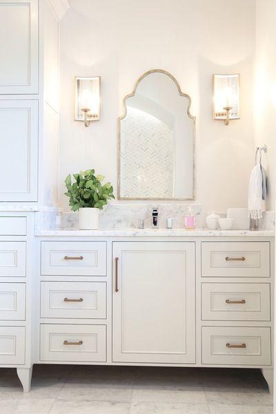 Alex And Cynthia Rice Custom Home Builders And Design Team Along Along Florida S Gulf Coast Seaside Watercolor Seagrove Sandestin In 2020 Bathroom Inspiration Modern Bathroom Mirrors Small Bathroom