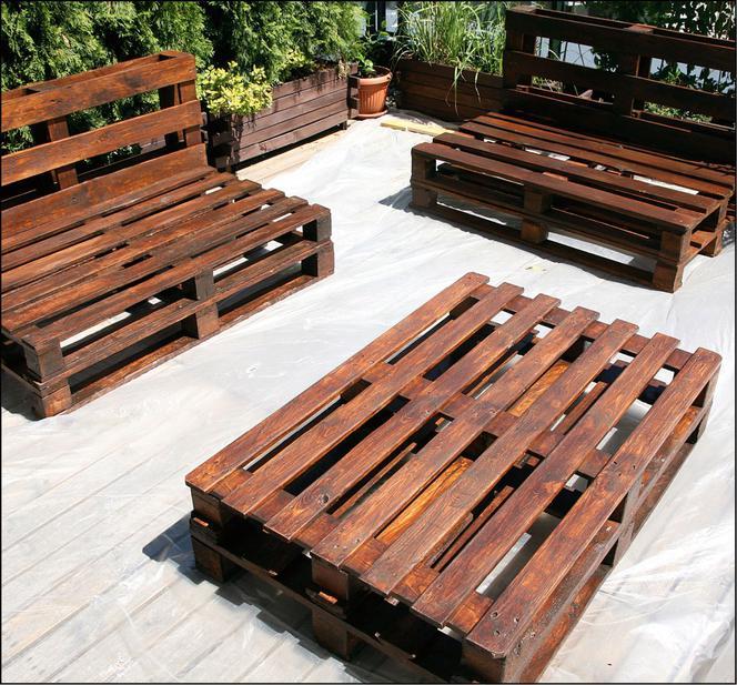 Meble Z Palet Ogrodowe Jak Zrobic Meble Z Palet Na Taras Instrukcja I Zdjecia Murator Pl Home Decor Coffee Table Outdoor Furniture