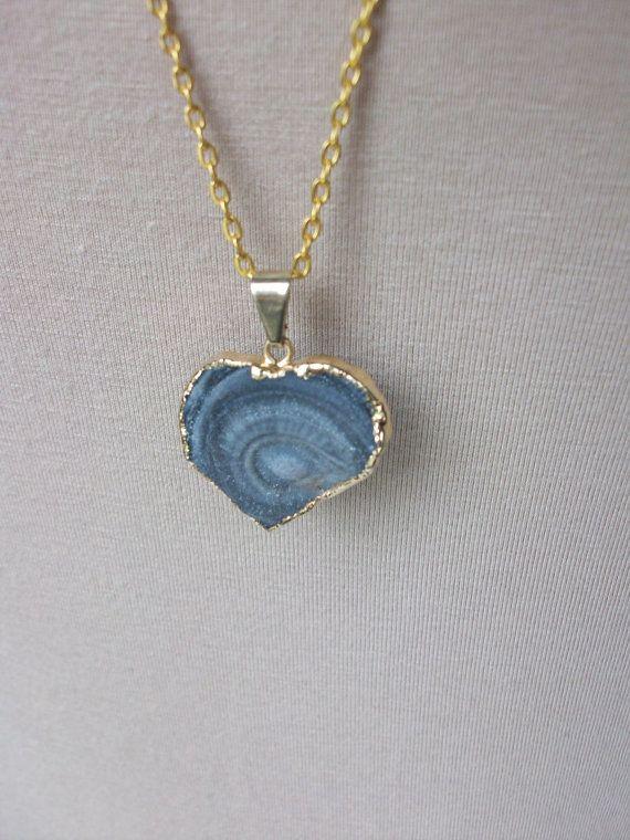 Calcedonia natural corazón colgante cadena de oro Natural corazón colgante de piedra gris piedra corazón collar Calcedonia diferentes corazón colgante N0077