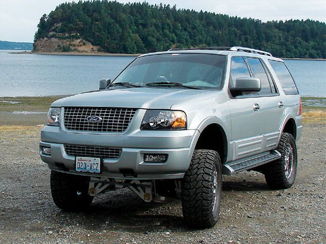 129 0712 02 Z+2006 Ford Expedition+front View Beach - Photo ...