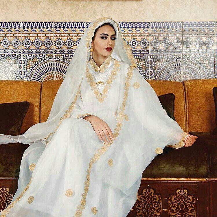 2af22cf44 الزبون أزياء تقليدية لنساء مكة المكرمة والمدينة المنورة وجدة المملكة  العربية السعودية