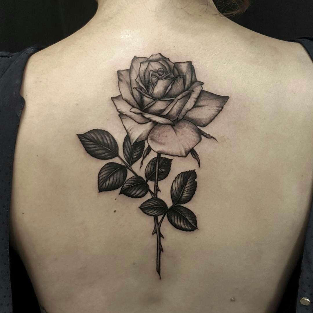 Resultado De Imagen Para Tattoo Rosas Tatuajes De Rosas Tatuajes Espalda Mujer Tatuaje De Flores En La Espalda