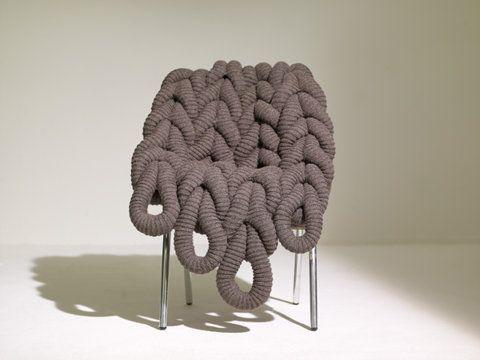 Gebreide stoel van designer Claire Anna OBrien. Heel stoer! (breien ...