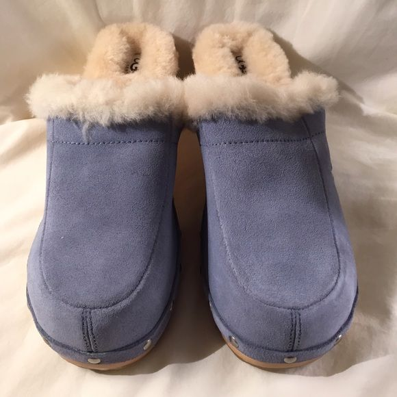 UGG Kalie Clogs - Cornflower (blue) Get ready for spring in these cute pastel