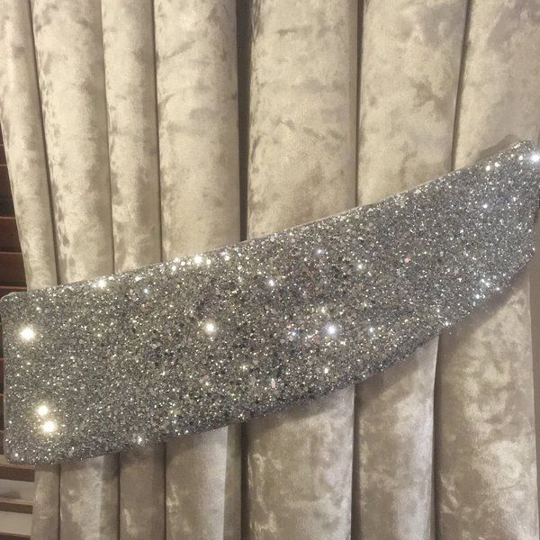 Stunning Silver Crushed Velvet With Glitter Curtain Tiebacks