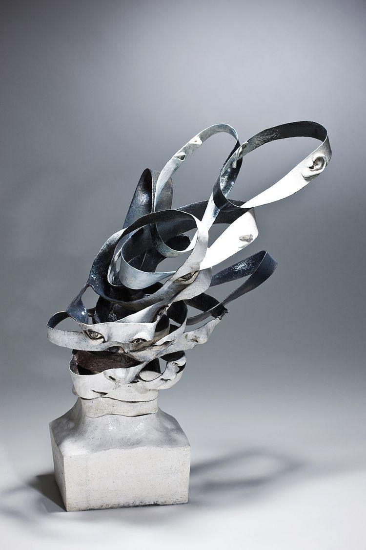 Haejin Lee In 2020 Ceramic Sculpture Sculptures Pottery Sculpture