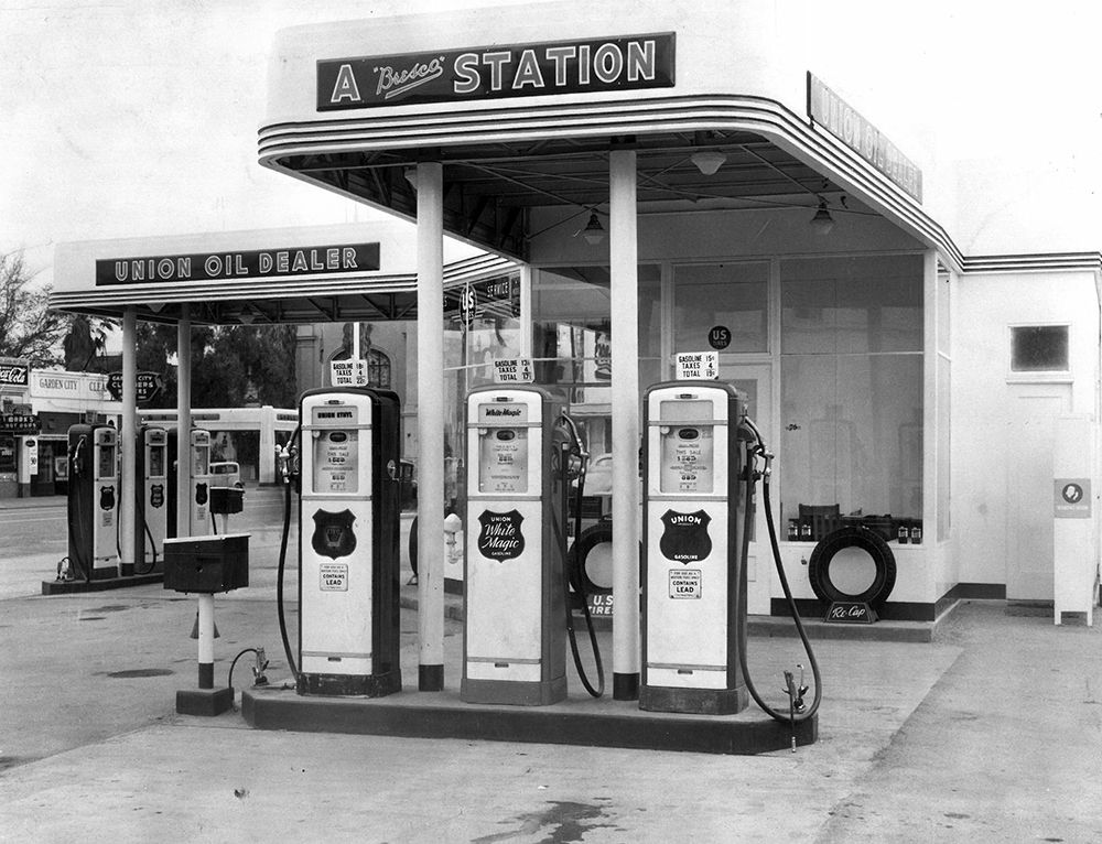 Fuel Prices Gasoline Taxes An Endless Debate Los Angeles Design Engineering Firm Old Gas Stations Vintage Gas Pumps Filling Station