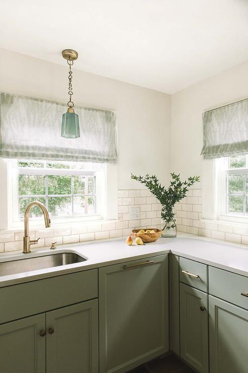 Luxury White Kitchen Cabinets with Brass Hardware