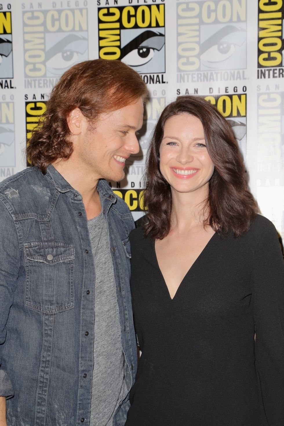 Are the outlander actors dating
