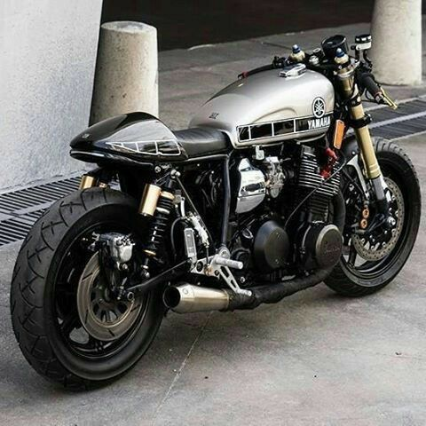 Pin By Captain Crunch On Cafe Racer Bikes Cafe Racer Design Yamaha Xs1100 Cafe Racer Motorcycle