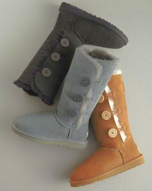 477dfcaa67c Triple Bailey Button Chestnut UGG boots. Size-8. Like New. Not authentic   Price reflects UGG Shoes Winter Rain Boots