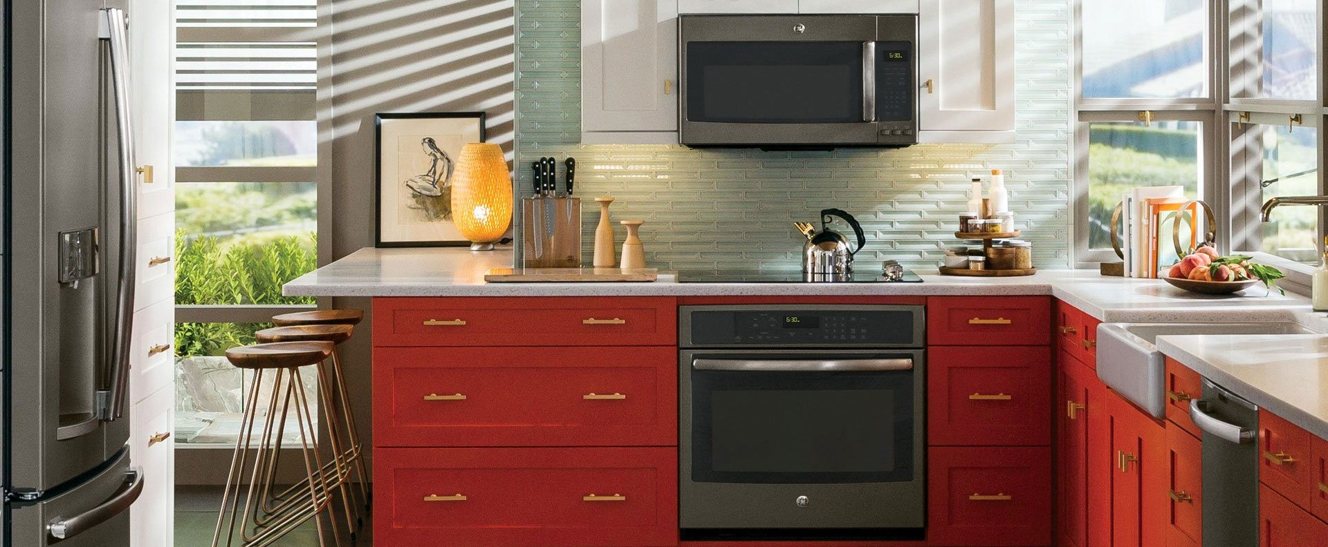 Kitchen appliances in slate color - Make A Statement In The Kitchen With Ge Slate Appliances
