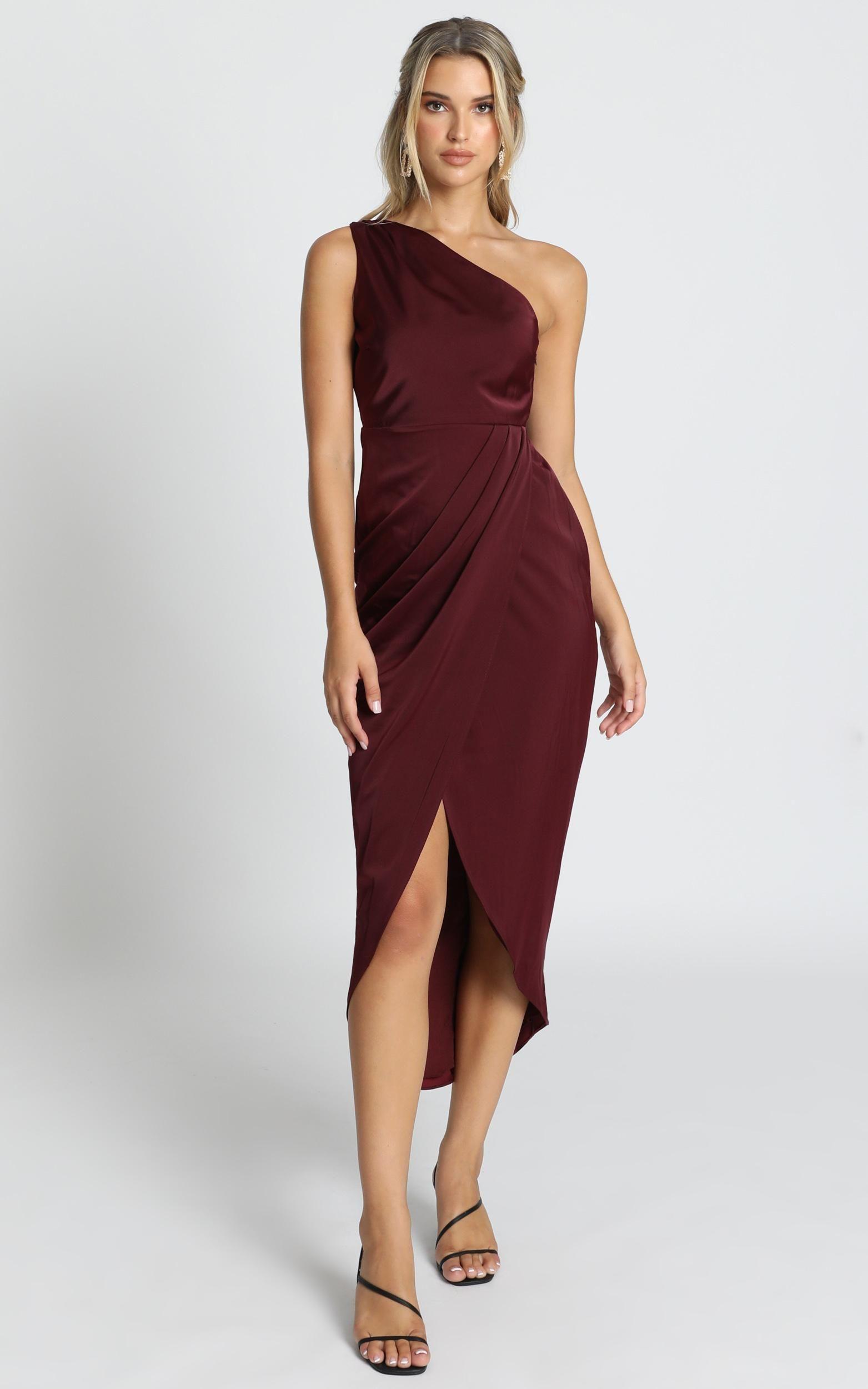Felt So Happy Dress In Wine Showpo Happy Dresses Dresses Wine Colored Dresses [ 2500 x 1563 Pixel ]
