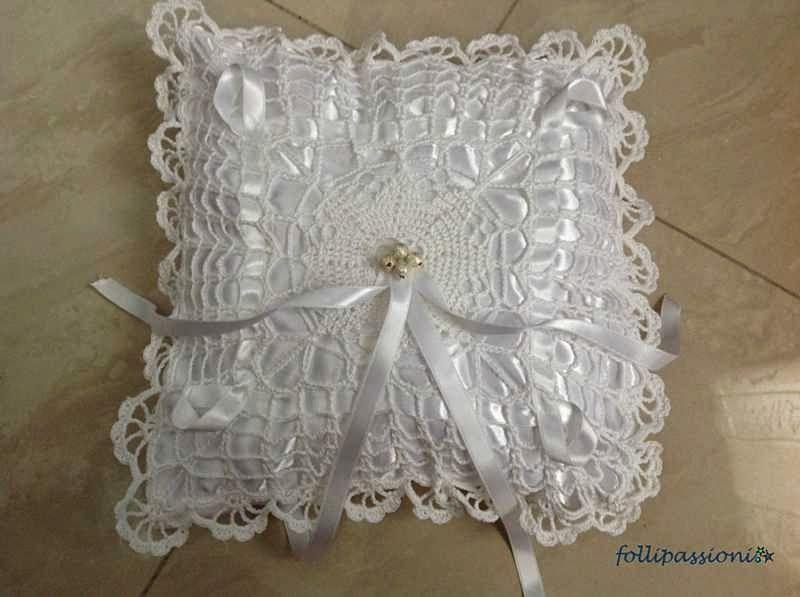 Cuscini Per Fedi Nuziali Uncinetto.Porta Fedi A Crochet Uncinetto Schemi Uncinetto Gratis