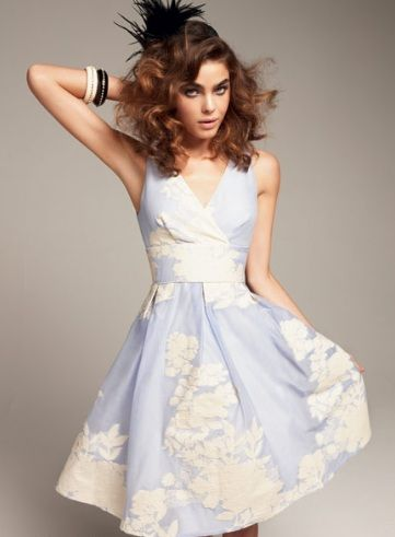 Review Wedgewood dress- miss bambi, my favourite model to model review campaign... I miss working for review