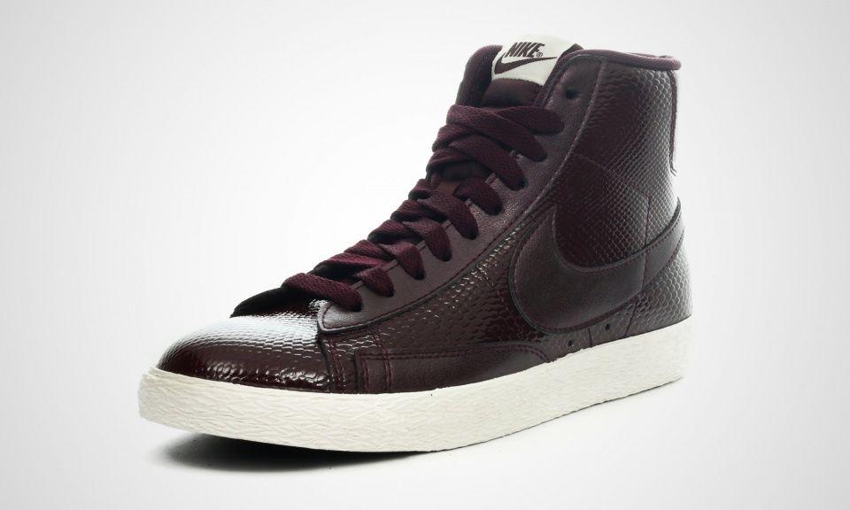 Nike WMNS Blazer Mid LTR Prm (rot)