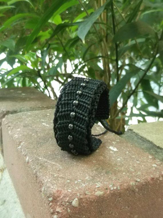 Macrame & crochet black bracelet with hematite by crystalayana