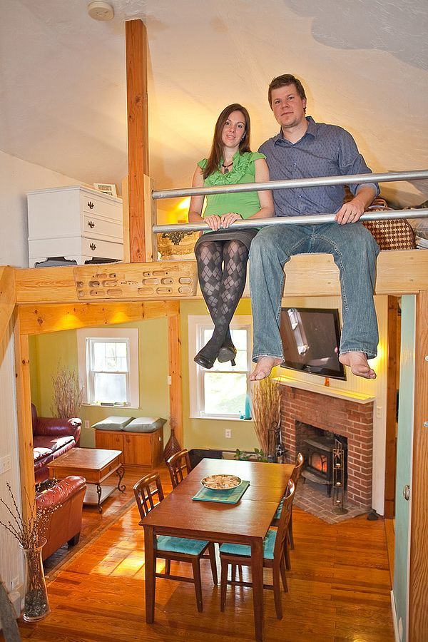 These Guys Downsized From Having 1 500 Sq Ft To Owning Their Own 800 Cabin