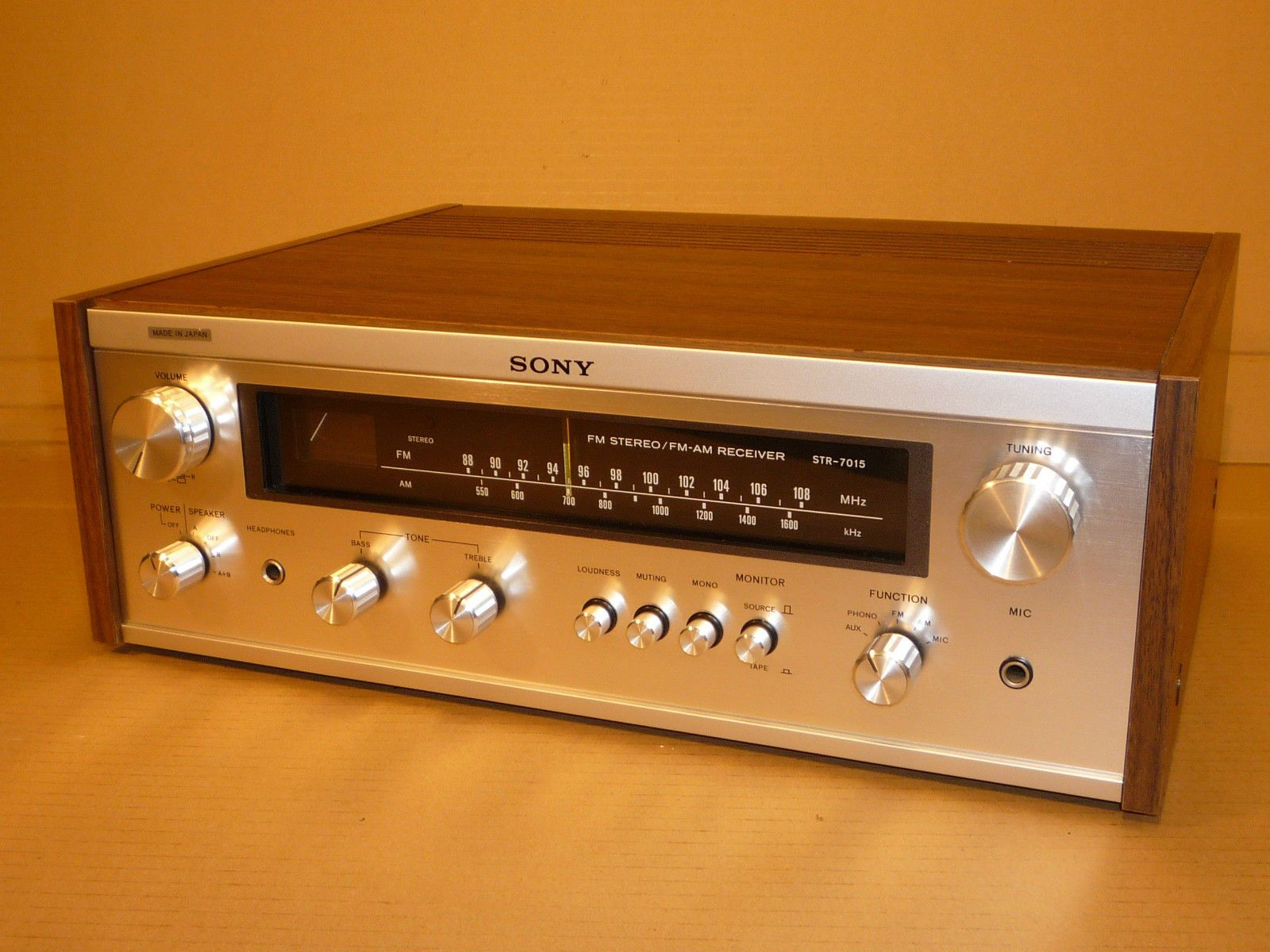 SONY STEREO TUNER AMP AMPLIFIER SILVER / WOOD EFFECT STR