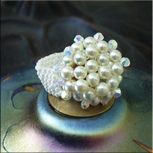 Jewelry Tutorials Rings  Beaded Ring Crystal by JewelryonPicadilly, $5.00