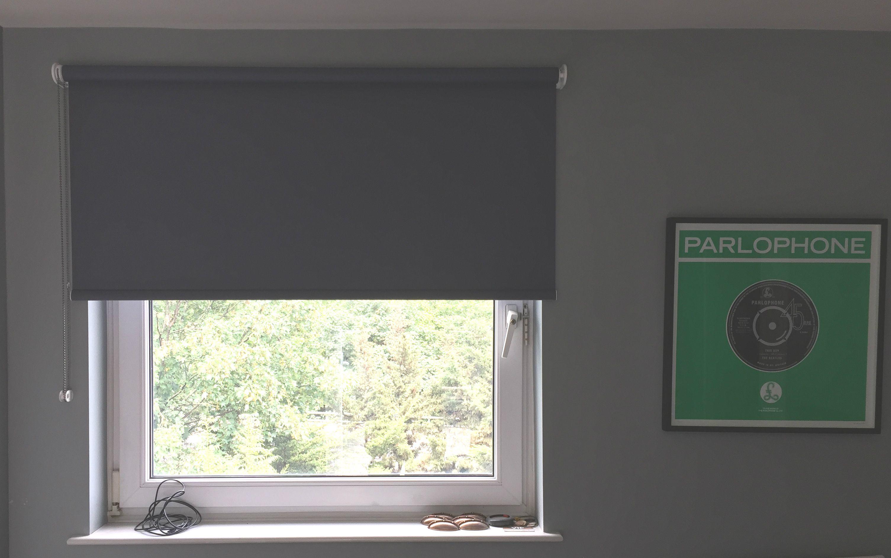 Blackout Roller Blind For Bedroom Hackney London Made To Measure Made In Uk Modern Blinds Measuring Fitting S Shades Blinds Blinds Cellular Blinds