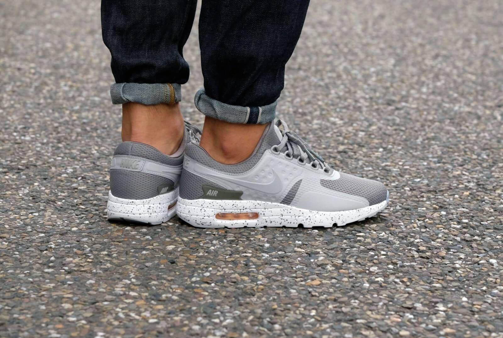 f45e6f394ed2 Nike Air Max Zero PRM Tumbled Grey Wolf Grey-White-Melon Tint ...