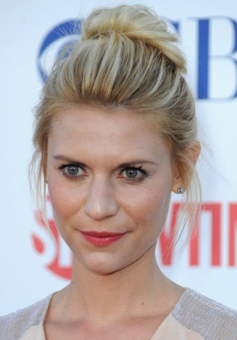 Top 20 Claire Danes Hairstyles | Loose buns, Blondes and Formal hair