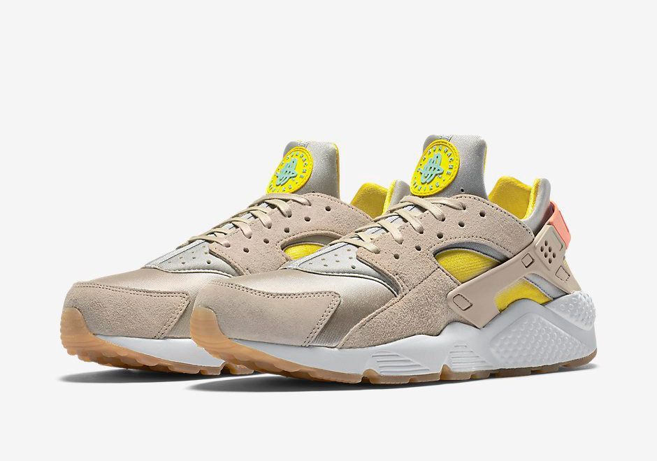 competitive price 7d82a ff1af Nike Air Huarache