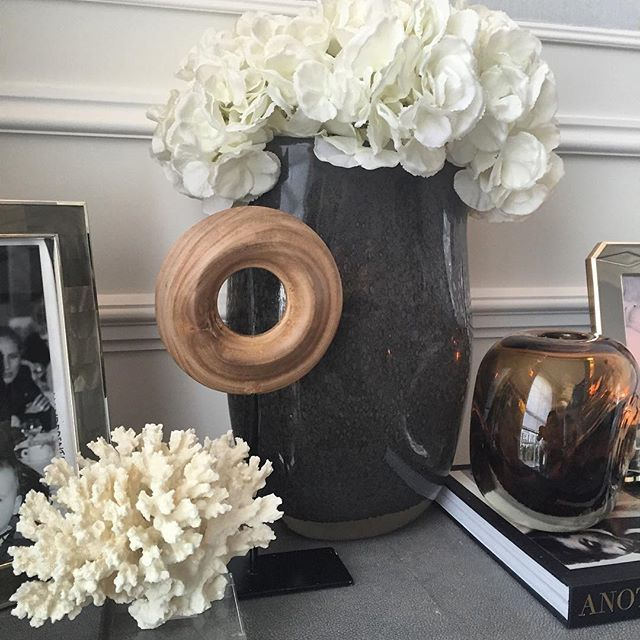 We Have Some Beautiful Ex Display Vases In A Range Of Colours And