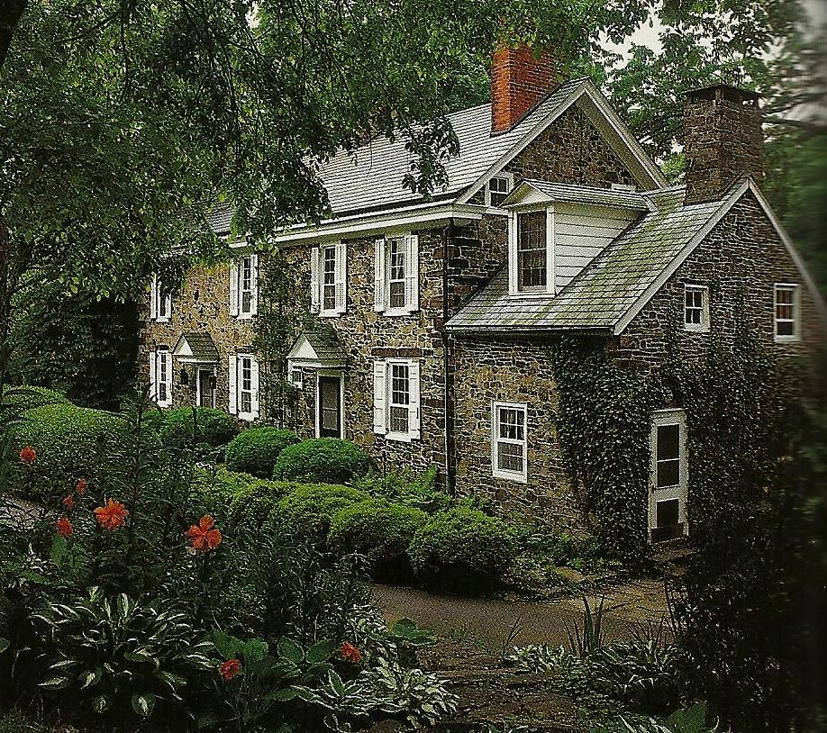 Farmhouse vintage early american farmhouse in historic for New beautiful homes images