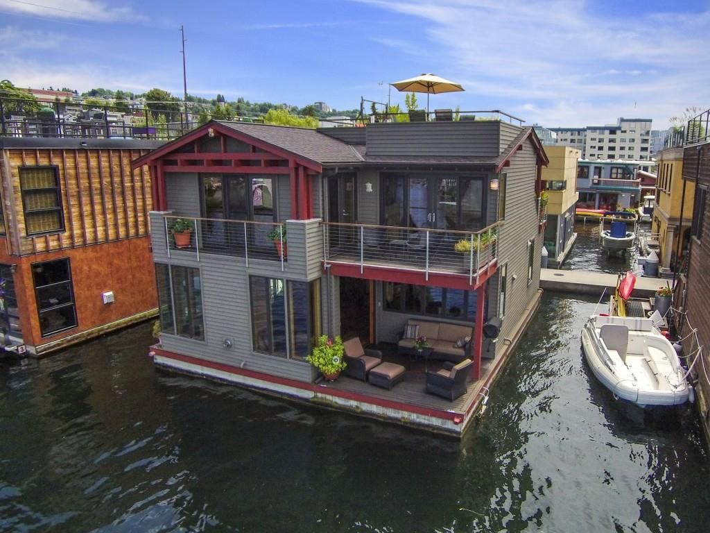 Houseboat Seattle Floating House Water House Houseboat Living