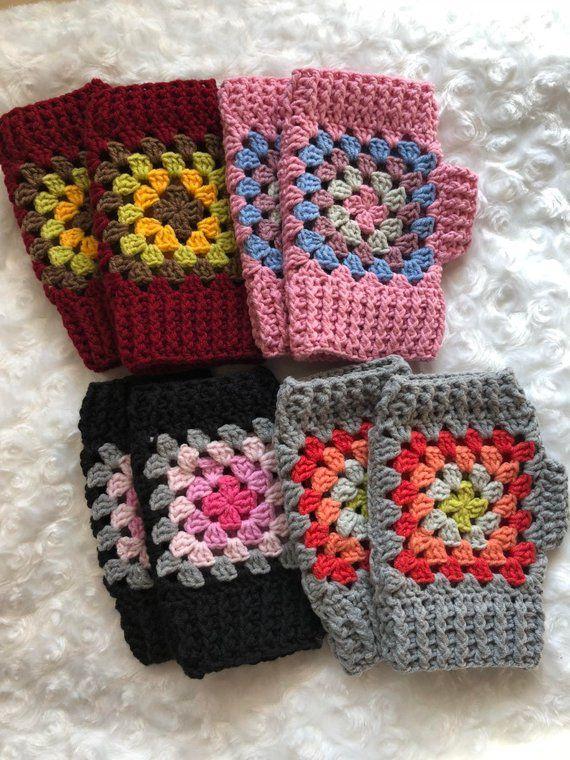 Crochet scaldapolsi, nonna piazza, guanti senza dita, guanti Crochet, guanti senza dita, guanti fatti a mano, Womens Wristwarmers, Mittens #grannysquareponcho