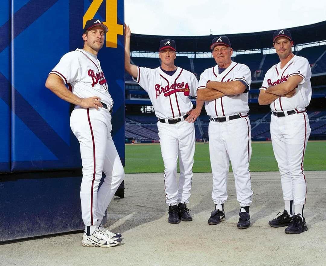 Pin By Leigh Apperstein On Baseball In 2020 Braves Atlanta Braves Iowa Hawkeye Baseball