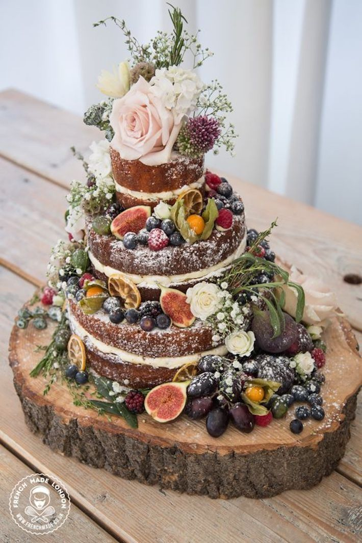 5 stunning autumn wedding cakes and 3 you can make yourself 5 stunning autumn wedding cakes and 3 you can make yourself weddingvenues junglespirit Choice Image