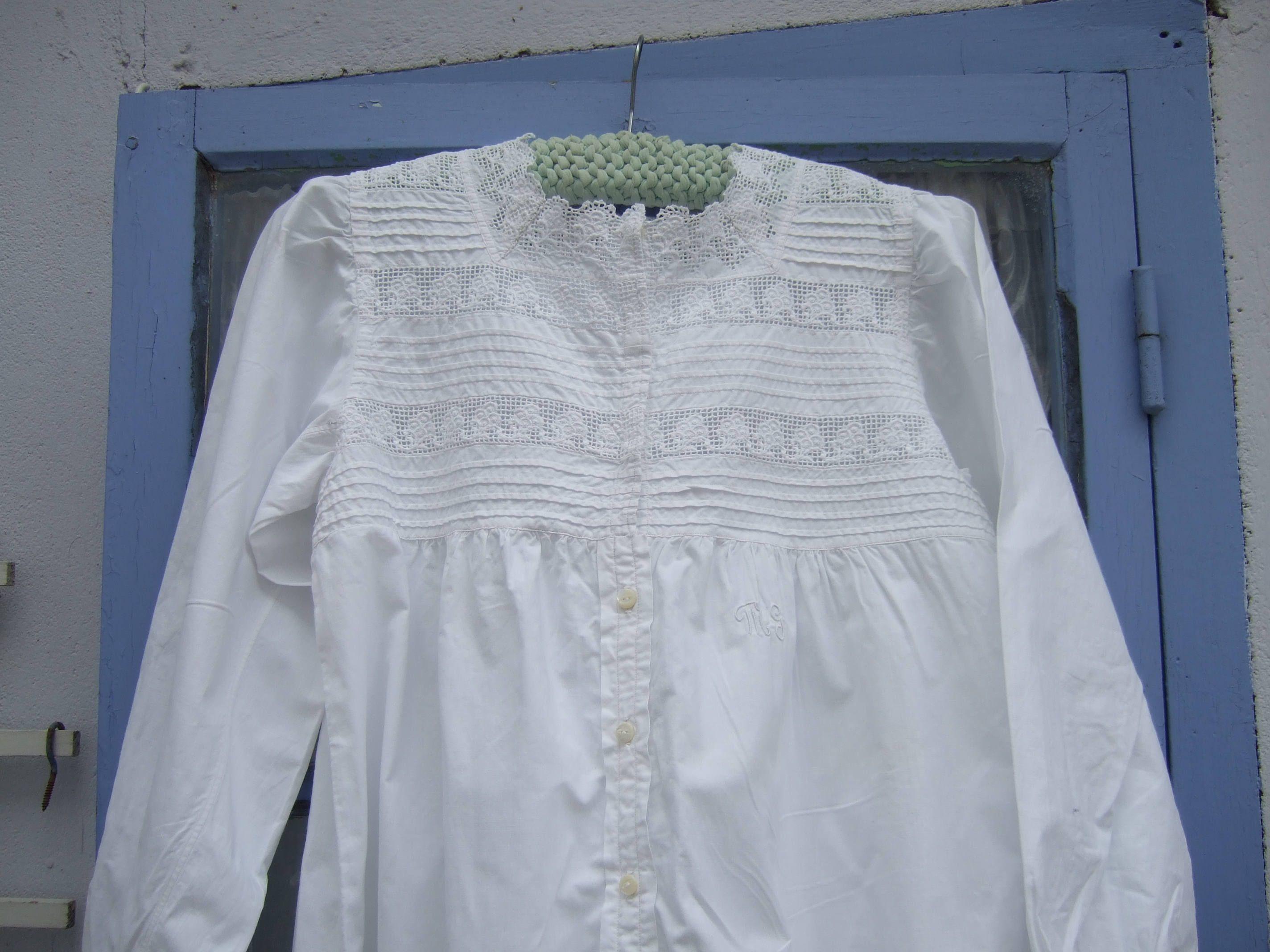 Antique French Fine Linen Nightdress. Handmade. Monogram MG. Young Ladies.night dress.