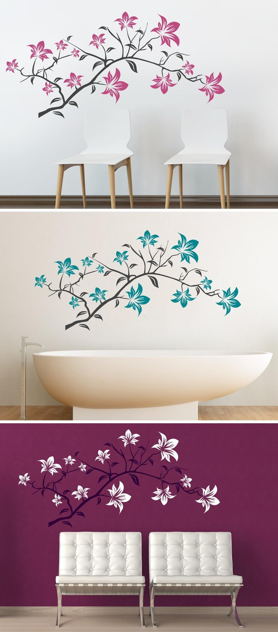 Bezaubernde Blüten Kommen Als Wandtattoo Lilien In Die Wohnung. Der Zweig  Ist Zweifarbig. Die Farbe Der Blüten Kann Ganz Nach Wunsch Gewählt Werden.
