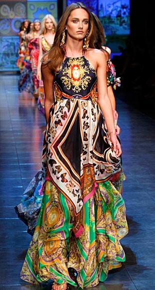 Olivia Holt in Dress – Dolce & Gabbana Shoes – Stella Luna ...