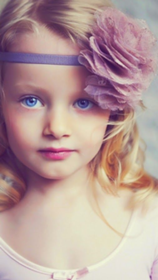 Evelina Voznesenskaya - young child model from Moscow, Russia