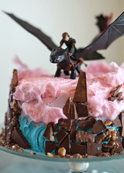 Hiccup and toothless flying thru the islands in a cloud ellies hiccup and toothless flying thru the islands in a cloud ellies birthday how to train your dragon cake this is someday ccuart Images